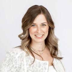 Dr-Lauren-McGruthers-BScHon-MD-CM